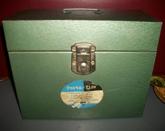 Vintage Green Hammered Metal Porta File Box