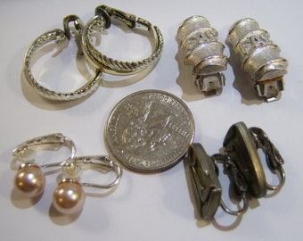 vintage 4 pairs of clip on earrings for wear, repurpose, crafts 14IN earring lots