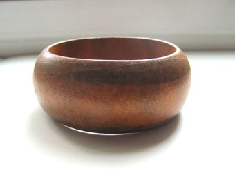 Beautiful wood vintage bangle bracelet, boho vintage jewelry