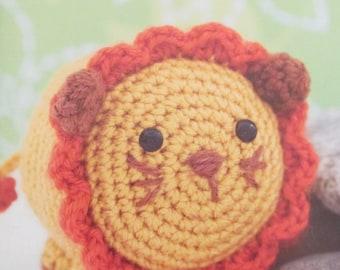 Vanna's Choice Easy Crochet Critters