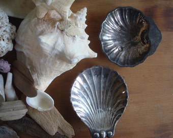 silverplate shell dishes, soap dish, beach decor patina silver plate