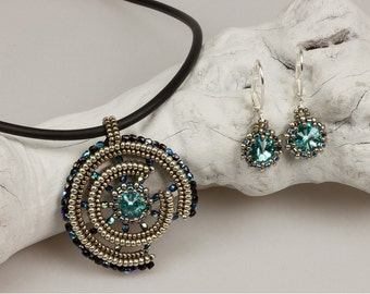 Broken Wheel (beaded pendant and earrings)/ PDF file