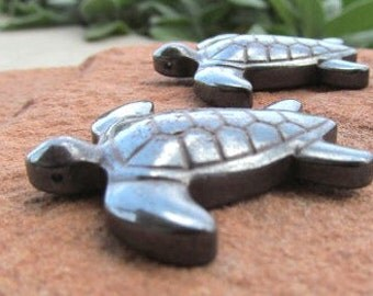 Turtle Carving Baby Sea Turtles Carved Hematite Turtle Figurine Sea Turtle Paperweight Turtle Pendant