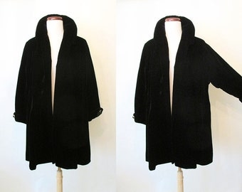"Classic 1950's Designer Black Velvet Designer Swing Coat w/ Large Collar by ""Bullock's Los Angeles"" Rockabilly VLV Pinup Girl Size-Medium"