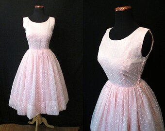 Dreamy 1950's Pale Pink Party Prom Cocktail Dress with Embroidered Flowers Rockabilly VLV Pinup Girl Size-Small