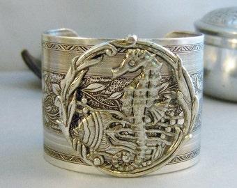 Seahorse Cuff,Seahorse, Bracelet,Bracelet,Cuff Bracelet,Seahorse Bracelet,Ocean,Bracelet,Chunky Bracelet,Mermaid Bracelet.valleygirldesigns.