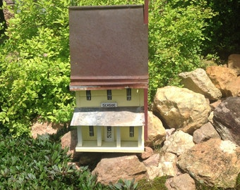 Seaside Birdhouse