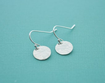 Hammered Silver Disc Earrings - sterling silver small round drop dangle metal handmade gift for her - simple wedding or everyday jewelry