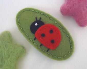 Felt hair clip -No slip -Wool felt -Ladybird --sage green