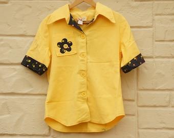 Vintage 70s Yellow Flower Applique Blouse/ Shirt/ Hippie /Boho/Bohemian/Retro
