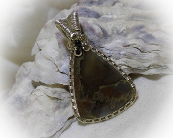 Oregon Thunderegg Wire Wrapped Stone Necklace Pendant