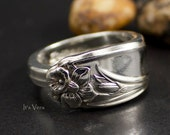 Spoon ring, daffodil ring, trendy rings, gardeners, cutlery ring, small flower ring, narrow silver ring, Spring rings