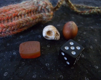Knitted Amulet Pouch Necklace - Fall Pumpkin Mabon or Samhain - Pagan Travel Meditation or Spell Kit