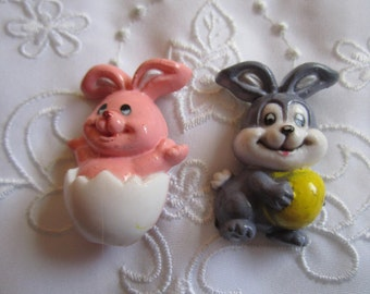 Vintage Gray and Pink Plastic Easter Rabbits Pair of Pins