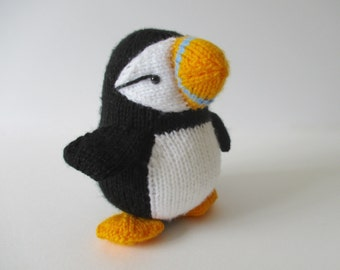 Huffin' Puffin toy knitting pattern