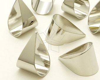 PD-1016-OR / 4 Pcs - Solid Drop Pendants, Silver Plated over Brass / 15mm x 21mm