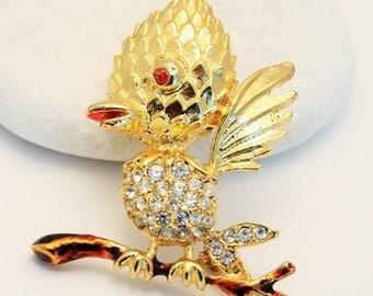 Bird brooch. Vintage bird brooch. Woodpecker brooch. Crystal bird brooch