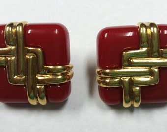Vintage Avon Red Plastic & Gold Tone Interchangeable Pierced Earrings Circa 1980's Jewelry