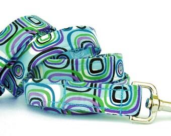Custom Dog Leash - Retro Dog in Teal Blue