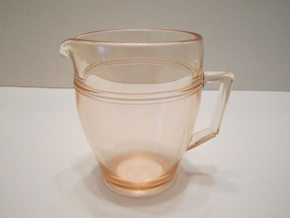 Vintage Pink Depression Glass Creamer - Art Deco Design