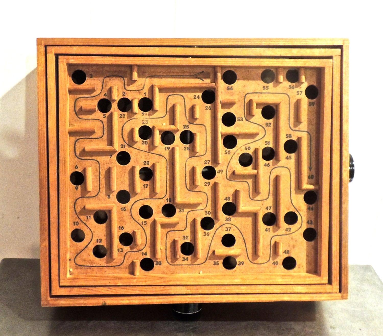 Vintage Labyrintspel Game 1960s Wooden Marble Puzzle Maze