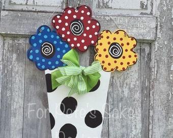Flower pot door hanger, spring sign, summer sign, Summer door hanger, Flower pot wall decor, Spring flowers sign