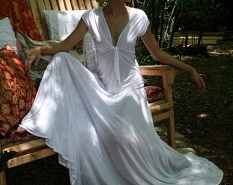 Ivory Silk Knit Bridal Nightgown Wedding Lingerie Keyhole Tie Front Full Swing Sleepwear Honeymoon Lounge Gown Bridal Sleepwear