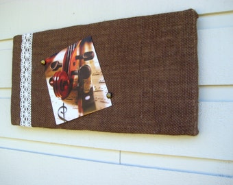Country Chic Burlap and Lace Bulletin or Pin Board, Brown and Cream, Memo Board, tack board, Dorm or college room decor, shabby chic style