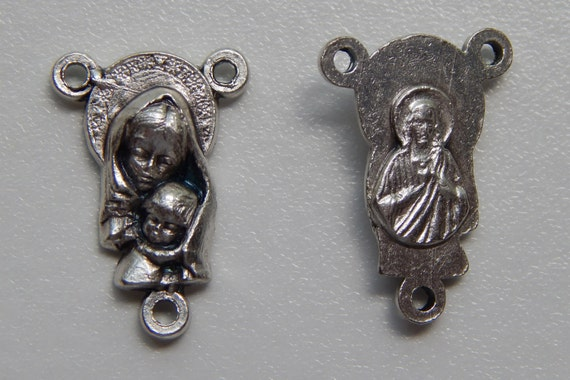 5 Rosary Center Piece Findings, Mother Mary, Child Jesus, Silver Color Oxidized Metal, Rosary Centers, Religious, Made in Italy, RC413