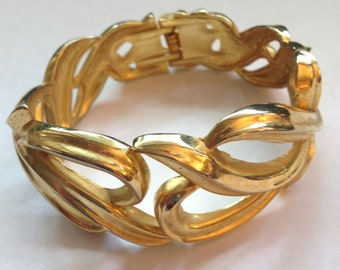 Vintage Hefty Clamper Bracelet Open Work