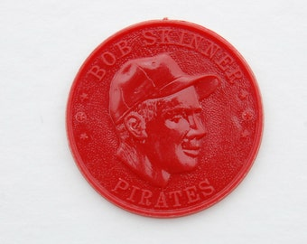 Vintage, mid-century, 1959 baseball Armour Hot Dog Premium Coin. Bob Skinner. Red.