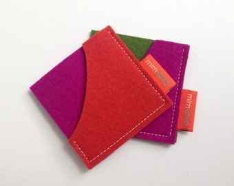 Square Card Case in pure wool felt. business card holder. unisex accessory. eco-friendly accessory. card sleeve. mlmxoxo