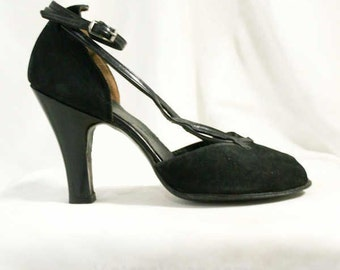 Size 5.5 Pin Up Style 1940s Shoes - Black Suede & Leather Heels - 40s Peep Toe Shoe - Elegant - Strappy - Unworn - Size 5 1/2 - 40035-3