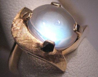 Antique Moonstone Ring White Gold Vintage Art Deco 50s Wedding