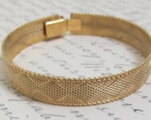 SALE Vintage TRIFARI Gold Mesh Weave Bangle Bracelet - Classic - Perfect Condition