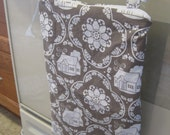 Hanging WetBag / Kitchen Catch-all with Convertible Straps by Seweco in Daisy Cottage