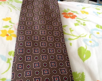 Vintage SAKS FIFTH AVENUE Silk Tie Graphic Design Polka Dots Taupe Red Blue