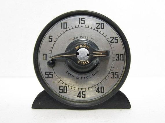 vintage kitchen timer,
