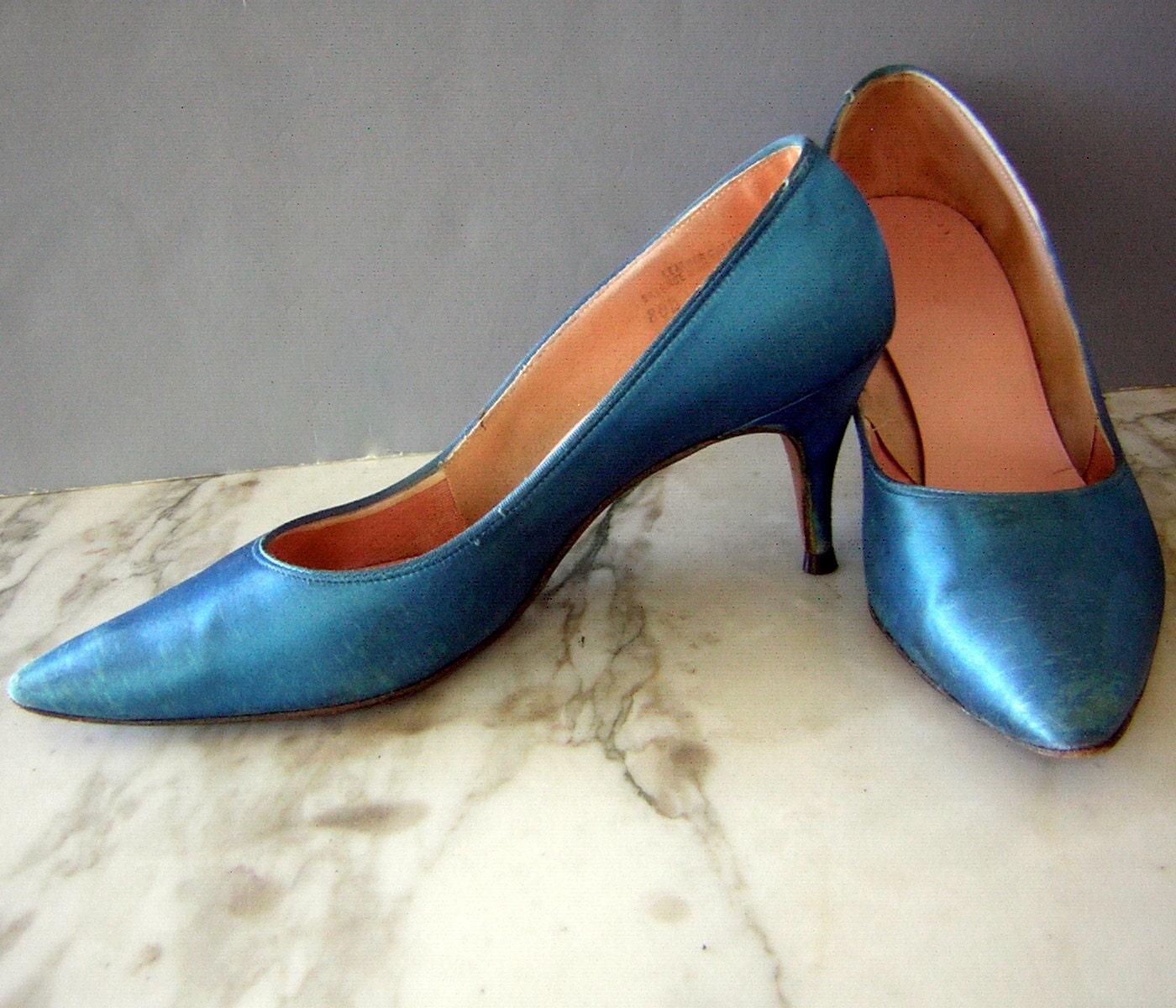 turquoise blue satin high heels pumps shoes vintage 60s us