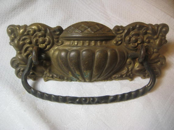 antique drawer pull ornate stamped brass edwardian by starpower99. Black Bedroom Furniture Sets. Home Design Ideas