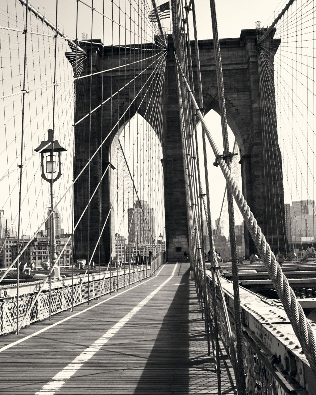 Brooklyn bridge photography black and white new york for Brooklyn bridge black and white wall mural