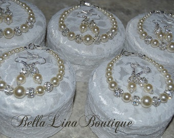 Graduated Ivory Swarovski Pearl Bridesmaid Earring & Bracelet Sets