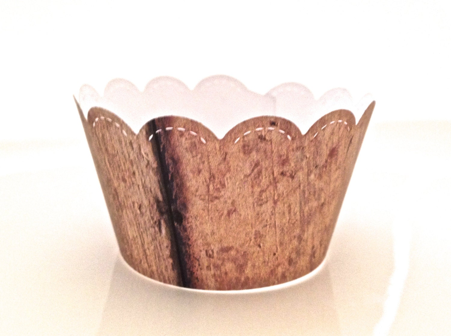 12 scalloped rustic faux barn wood grain cupcake wrappers