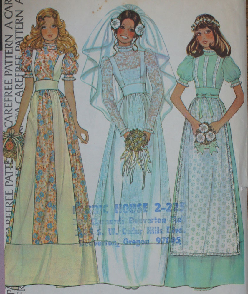 Vintage wedding dress pattern 1970s mccall 39 s 4038 size 12 for Mccall wedding dress patterns
