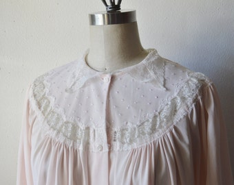 Vintage Bed Jacket 1960s Pink Bed Jacket Lingerie with White Lace Collar Embroidered and Lace Yoke Gathered Bust White Buttons Size Medium