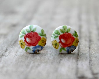 Vintage Floral Glass Earrings on Hypoallergenic Titanium Posts