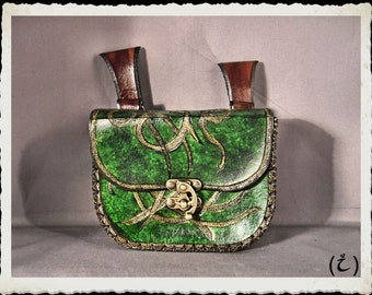 Green / elven leather pouch / bag - Wenya -