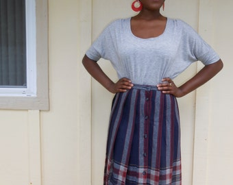 Vintage 1970s GRODINS navy blue button-front REVERSIBLE plaid midi skirt, size small / medium