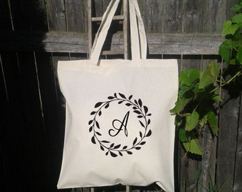 10 Wedding Tote,Wreath Wedding Welcome Tote -Bridesmaid Bag - Flower Girl  - Monogram Initials -A to Z