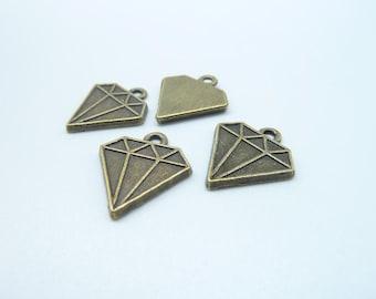 30pcs 16x18m Antique Bronze Diamond Triangle Charm Pendant C8034